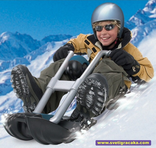 Wham-O - Arctic Force - Snowhog Deluxe - kid sledding